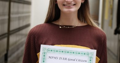 Thurman selected as Mount Pleasant High School DAR Good Citizen